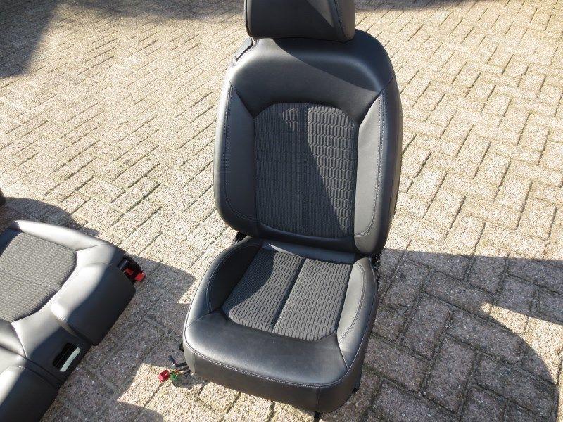 Audi a3 8v 3 deurs half leder half stof interieur 2013 for Audi a3 onderdelen interieur