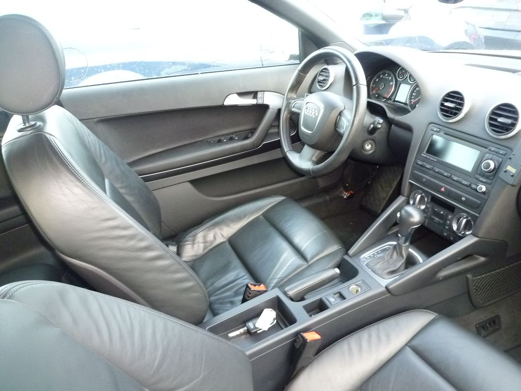 vol leder interieur audi a3 8p cabriolet 2011 zwart 7500km onderdelen voor audi. Black Bedroom Furniture Sets. Home Design Ideas