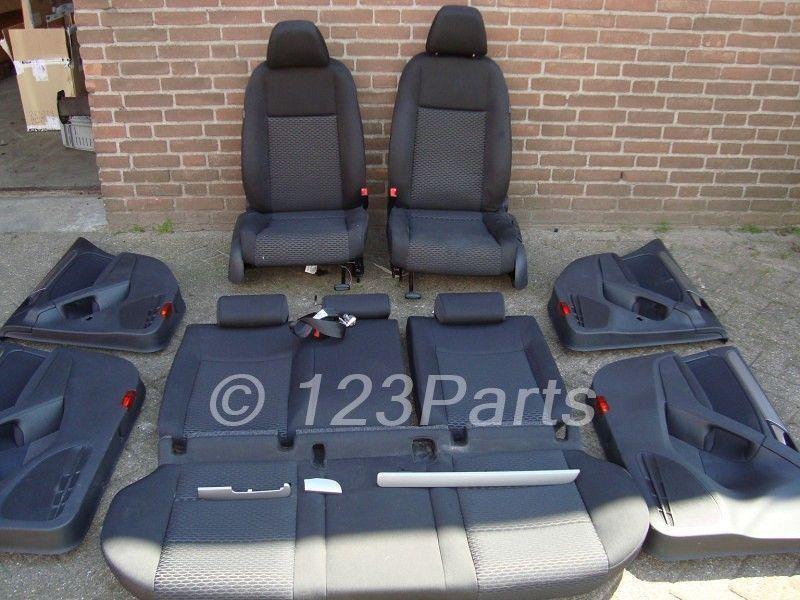 Interieur volkswagen golf 6 zwart stof 5 deurs 123parts for Volkswagen golf 6 interieur